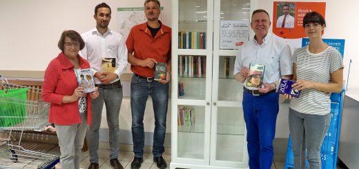 Bücherschrank1