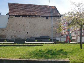Lindentorplatz